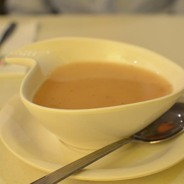 Soup @ Fruit Stop Health Food Restaurant - Causeway Bay