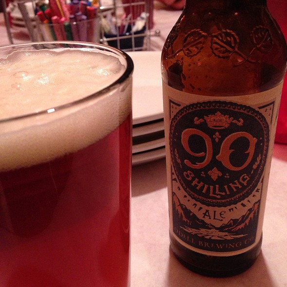 90 shilling ale @ Blue Moose Pizza Beaver Creek