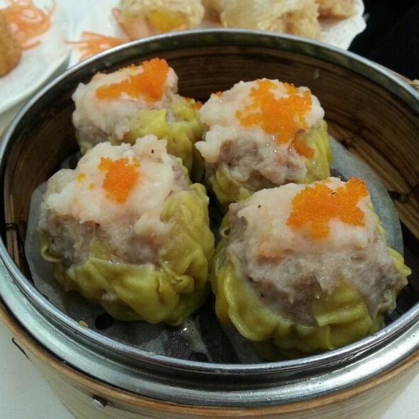 siu mai @ Pearl Bayview Chinese Cuisine