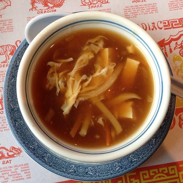 Hot & Sour Soup @ Sunny Garden Restaurant