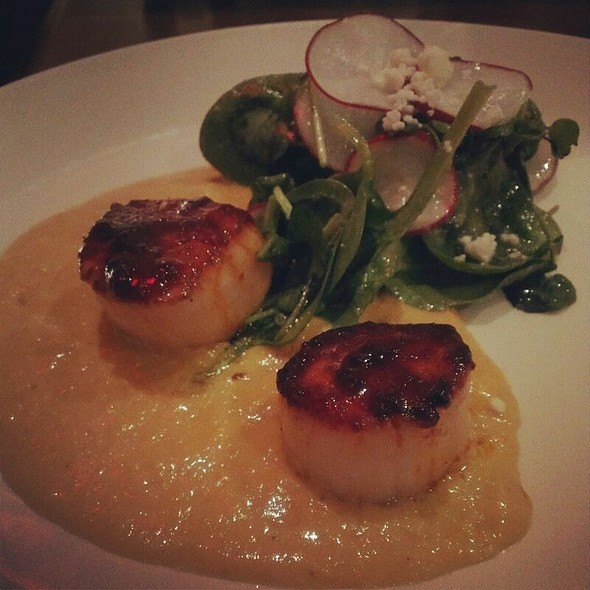 Chili Rubbed Diver Scallop  @ Vida Cantina