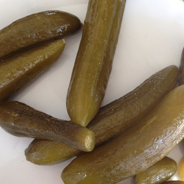 Pickles @ Eyvan