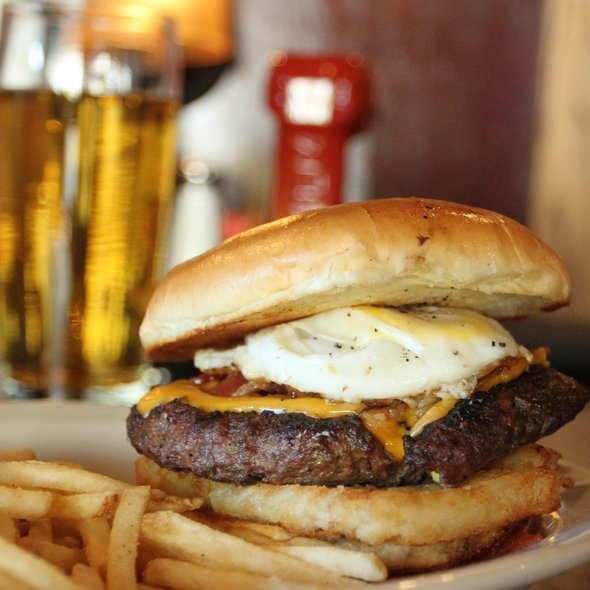 Bacon Cheeseburger with Fried Egg @ Rockbottom