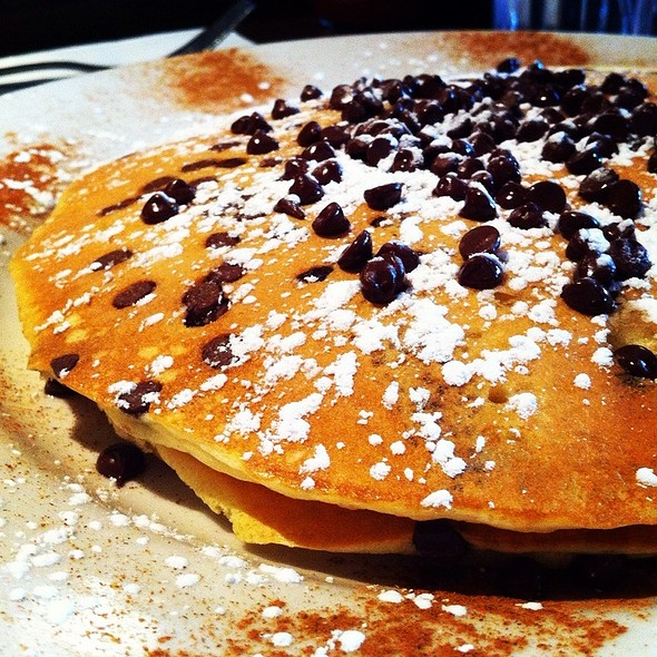 Chocolate Chip Buttermilk Pancakes @ Sabrina's Cafe