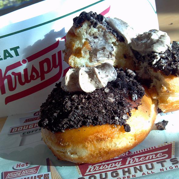 Oreo Cookie Creme filling Doughnut @ Krispy Kreme Doughnuts