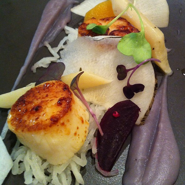 Scallops And Beats - Birks Café par Europea, Montr�al