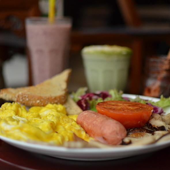 Big Breakfast @ Sinmei Teahouse