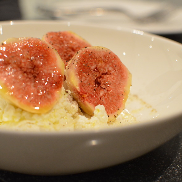 Figs with White Truffle Honey and Ricotta @ Fiat Caffé