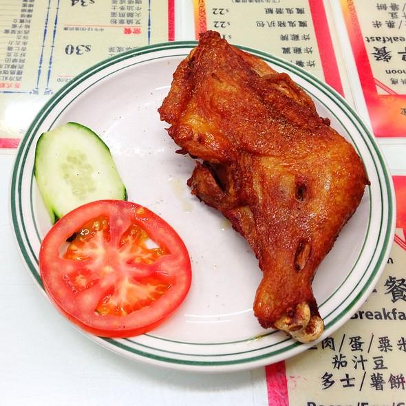 Derp Fried Chicken Leg @ 華星冰室 (capital café)