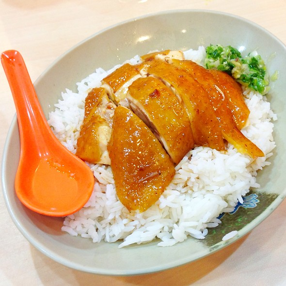 Soy Sauce Chicken Rice @ Yat Lok Restaurant