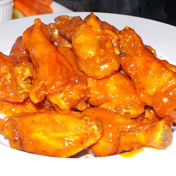 Classic Buffalo Wings @ Little Town NYC
