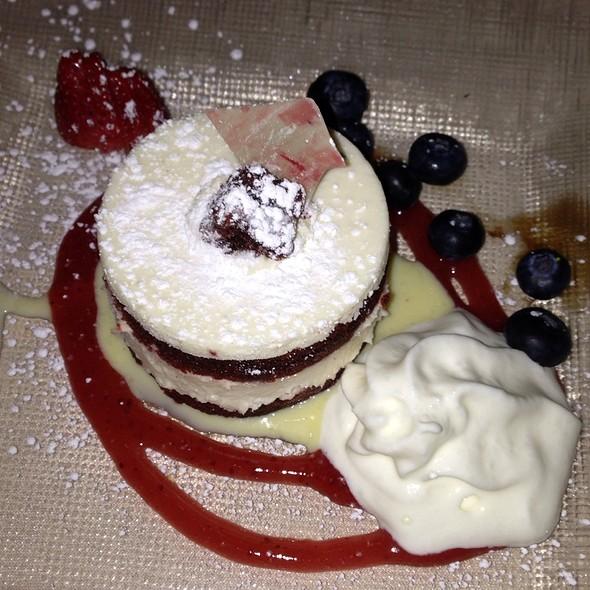 Red Velvet Cake @ The Astor Room