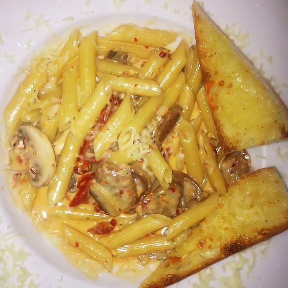 Spicy Penne Pasta - Bent Fork Grill - Aurora, Aurora, CO