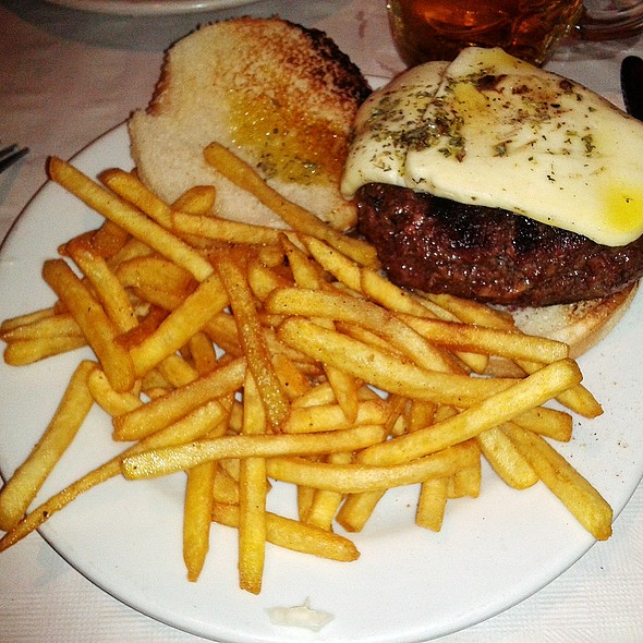 Super Brooklyn burger @ Alfredo's Barbacoa