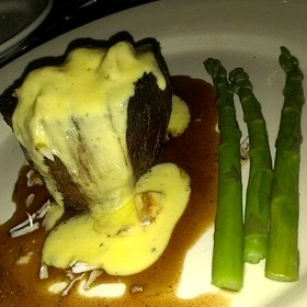Chris Collinsworth - Filet Topped With Crab & Bernaise