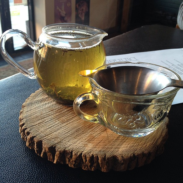 Minty Green Tea - Hillbilly Tea, Louisville, KY