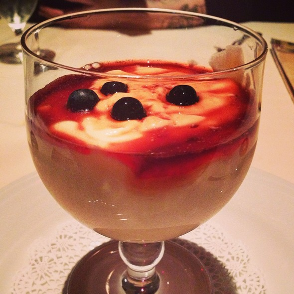 Papaya Cream With Blackberry Liquer