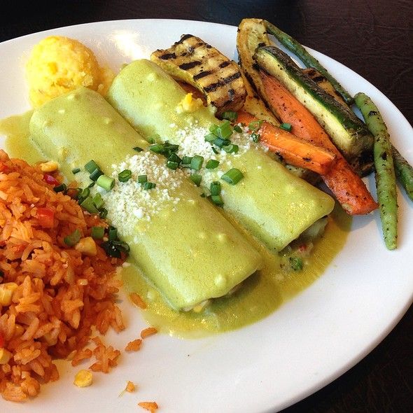 Shrimp & Crab Enchiladas @ Chevys Fresh Mex