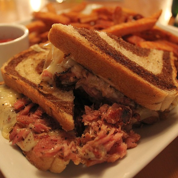 Smoked Veal Pastrami Sandwich @ Root