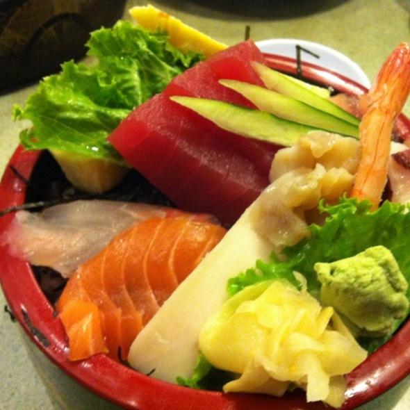 Chirashi Don @ Hana Restaurant