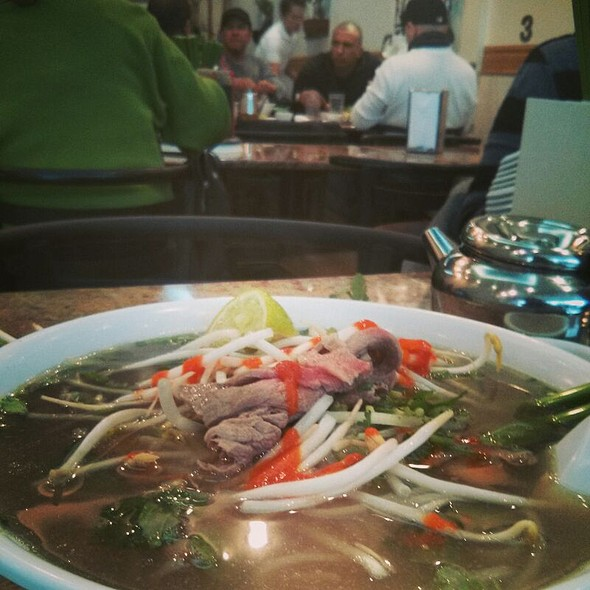Vietnamese Pho Beef Noodle Soup @ Pho Bang New York
