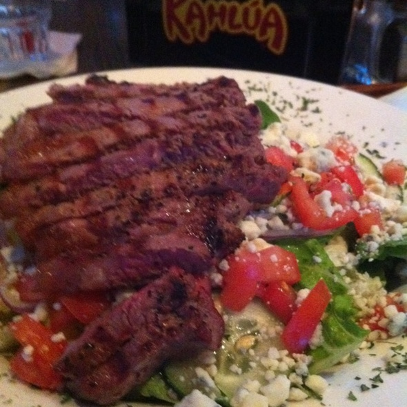 Steak Salad @ Thirsty Turtle Sportsbar