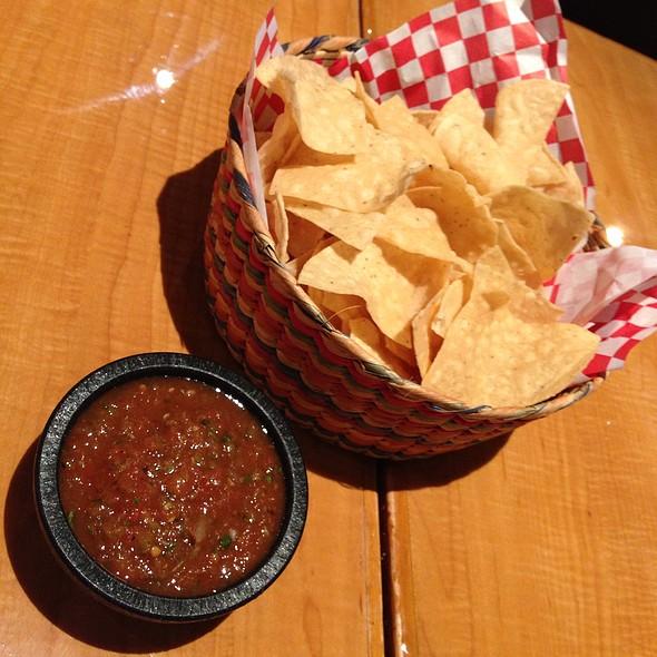 Chips & Salsa @ Sabores