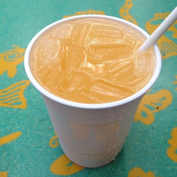 Mandarin Orange Lemonade @ Flame Tree Barbeque