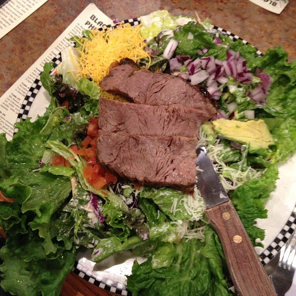 Grilled Southwestern Steak Salad @ Black Bear Diner