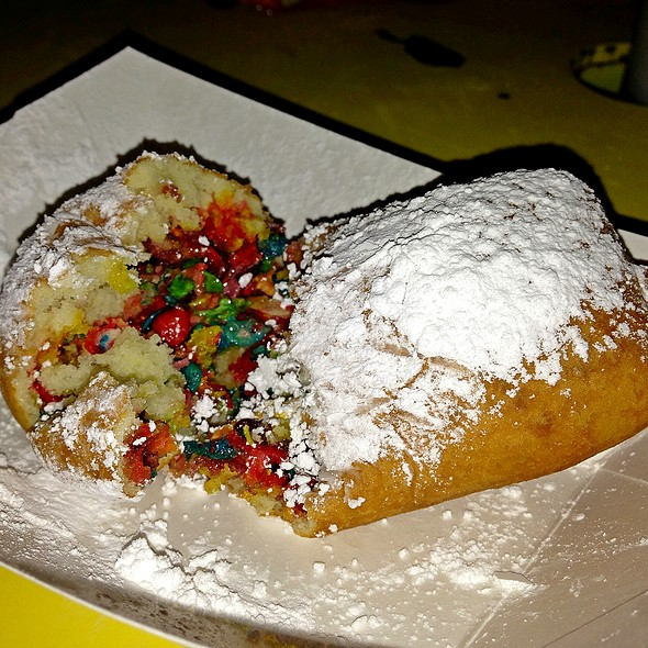 Fried Fruity Pebbles @ Houston Livestock Show And Rodeo
