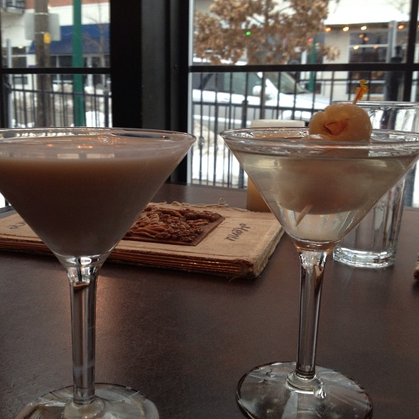 Tres Leches & Lychee Martini @ Thai Place Restaurant