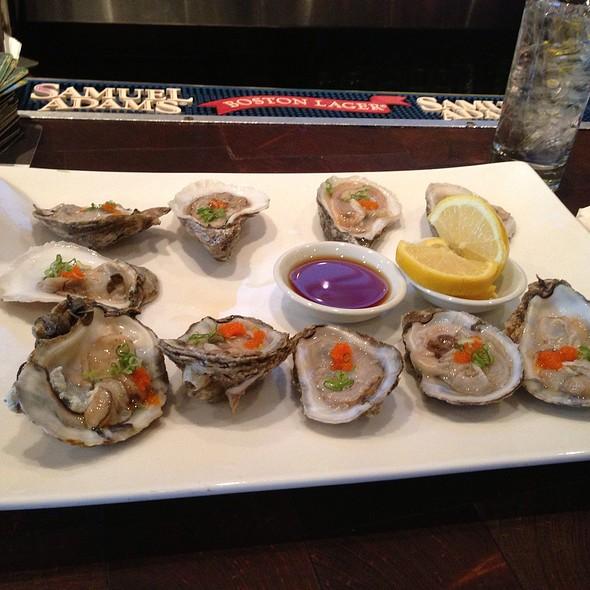Oysters - Bamboo 52, New York, NY