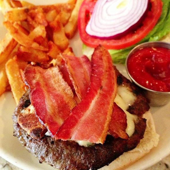 Bacon Blue Cheese Burger - Rye House, New York, NY