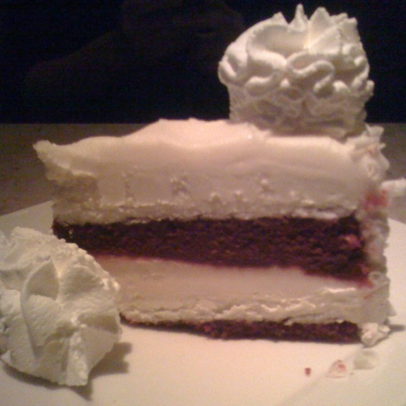 Red Velvet Cheesecake @ The Cheesecake Factory