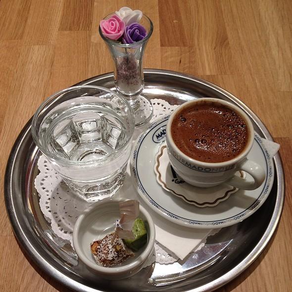 Turk Kahvesi @ Mado Dondurma