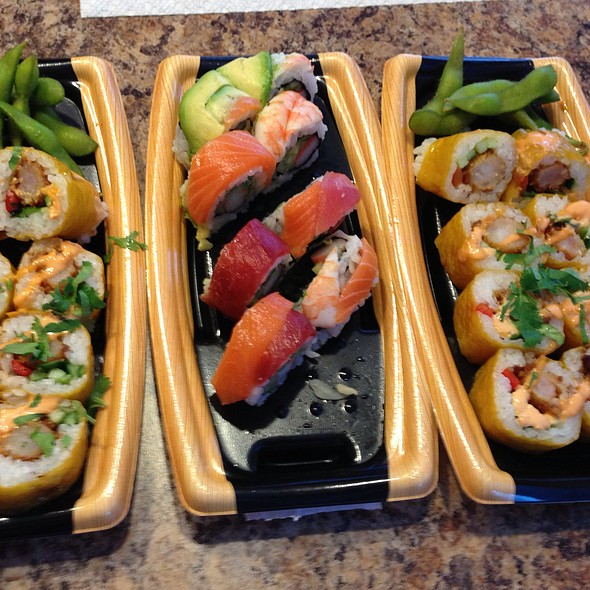 Sushi Boat @ Southern Hills Bistro