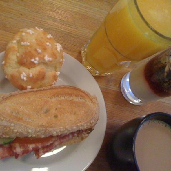 Breakfast @ Petite France
