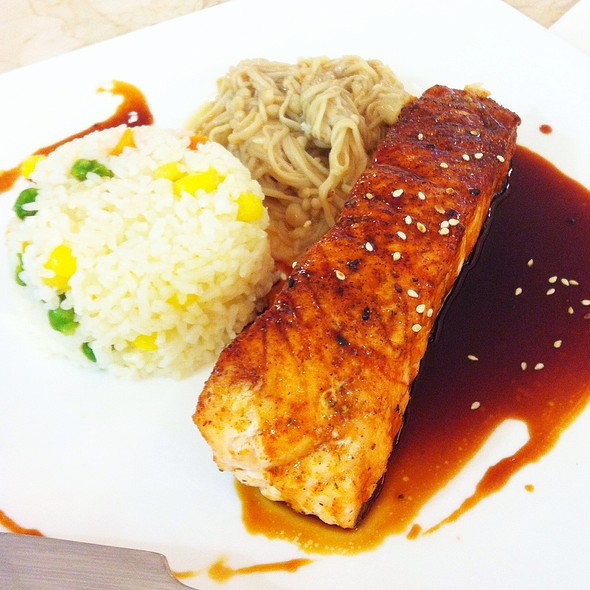 Grilled Teriyaki Salmon  With Rice