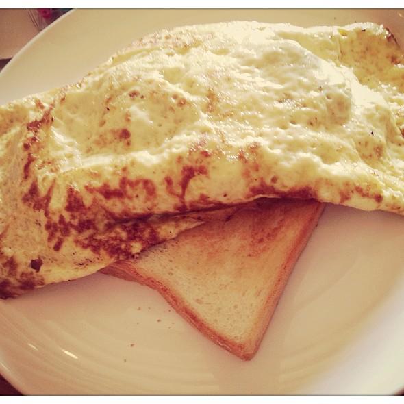 Omelette @ Hatched (@ Holland Village)