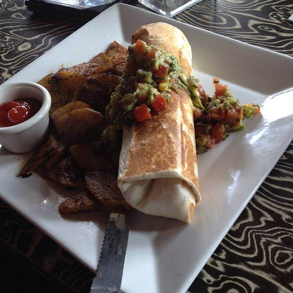 Lanza Burrito @ Ciccio's California Cuisine