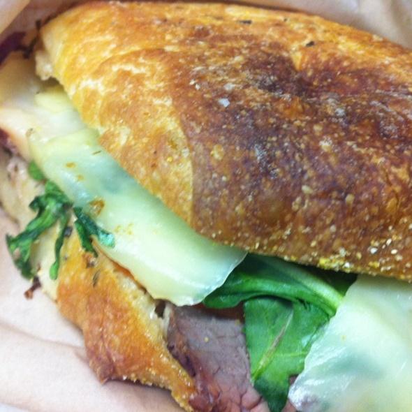 Prime Rib Roast Beef Sandwich With Truffle Mayo