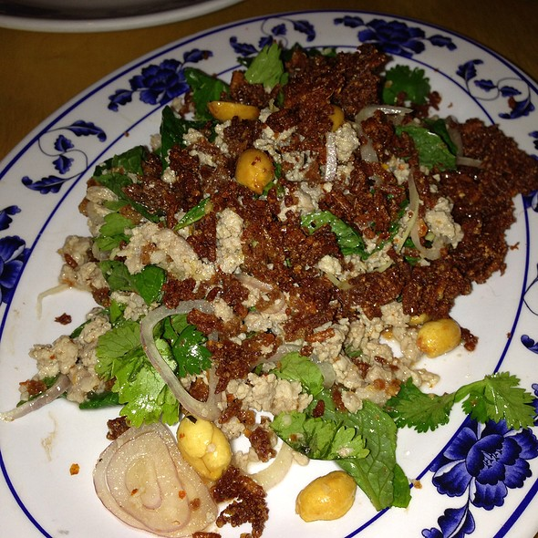 Crispy Red Curry Rice Salad @ Pig And Khao