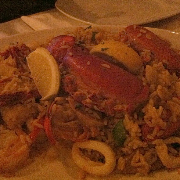 Lobster And Seafood Paella @ Cafe Maxim's Patisserie