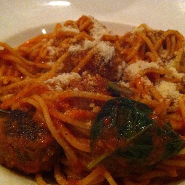 Spagetti & Meatballs @ Il Fornello, Bayview Village