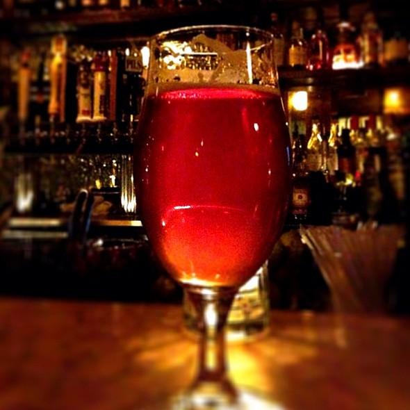 @beerlovescinci @beerploration @beerspotting @thatbeerguy @ Gilt Bar