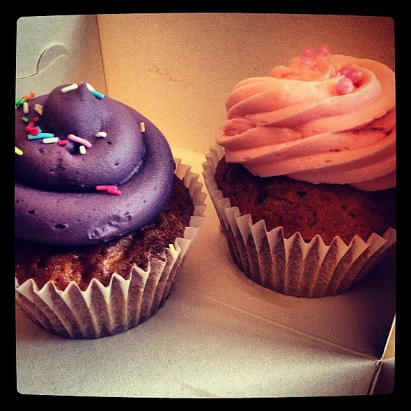 Cupcakes from Hey Little Cupcake. Found the icing bit too sweet for me to be honest. @ Hey Little Cupcake!