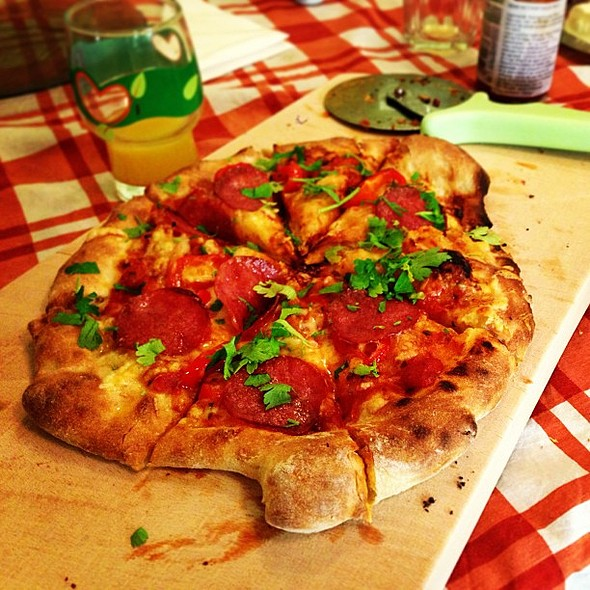 Pizza mad by @raulandrisan @ Andrisan HQ