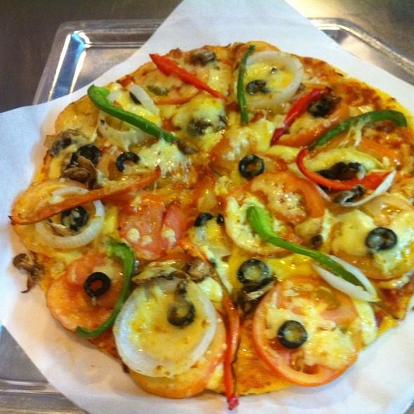 Garden Salad Pizza