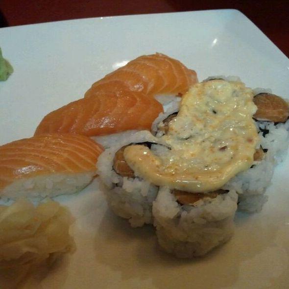 sake nigiri and spicy salmon maki @ Yoshi Sushi Japanese Restaurant