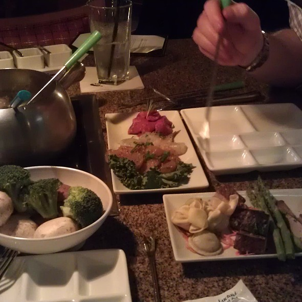 Oil fondue @ The Melting Pot
